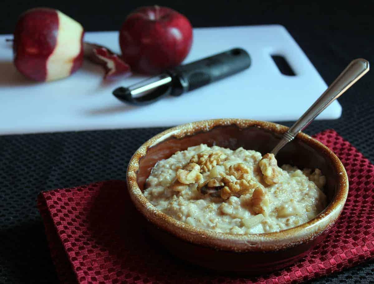Overnight Apple Pie Steel Cut Oats Recipe — Dishmaps