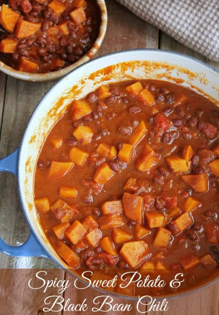 Vegetarian Sweet Potato and Black Bean Chili as a healthy super bowl dinner