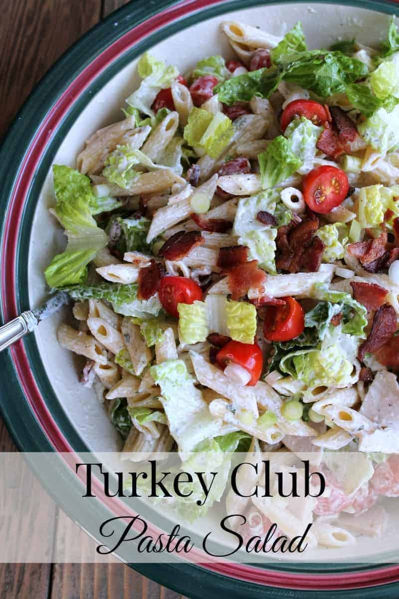 Turkey Club Pasta Salad #Barillalovesmoms @BarillaUS 317 calories 7 weight watchers points plus