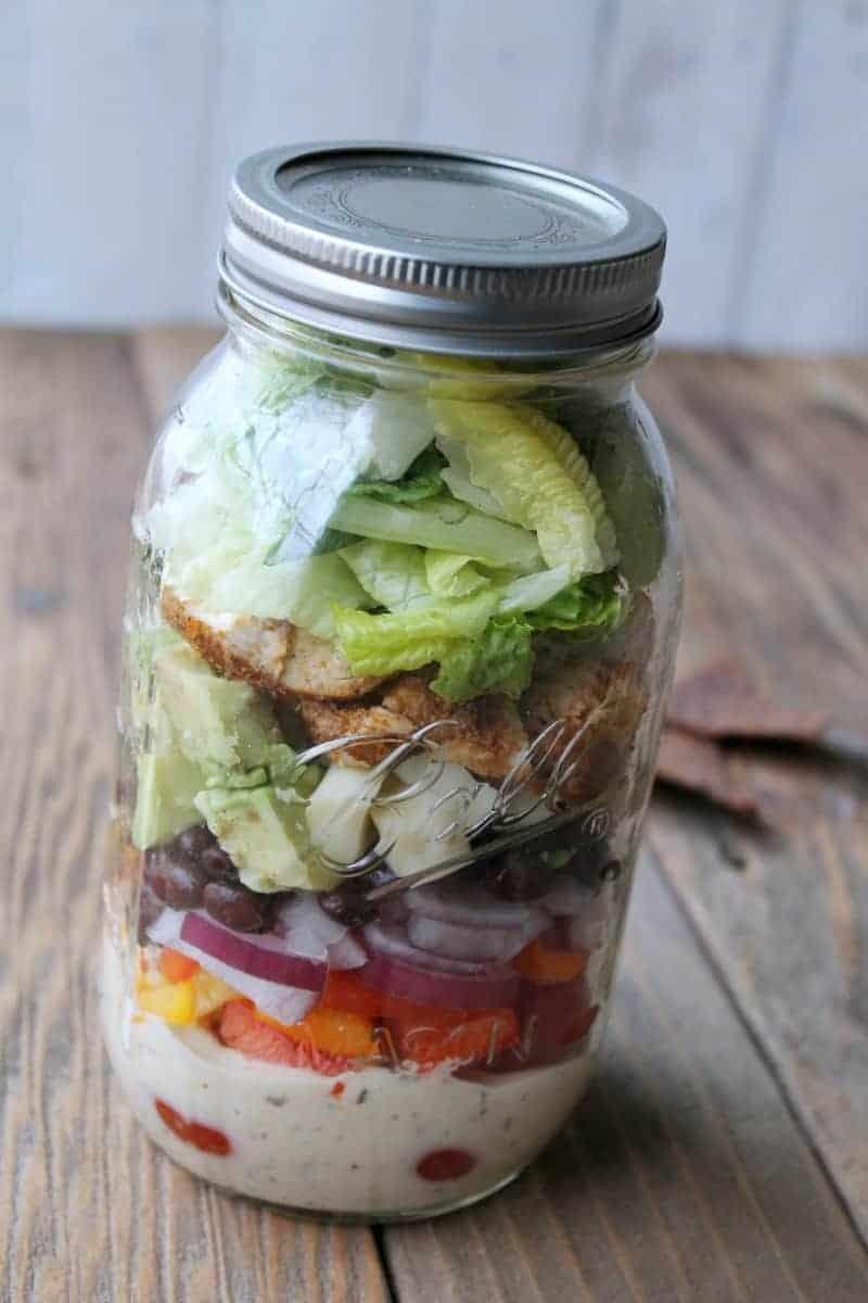 Southwest Ranch Chicken Mason Jar Salad Organize
