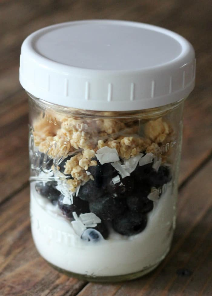 blueberry yogurt jars