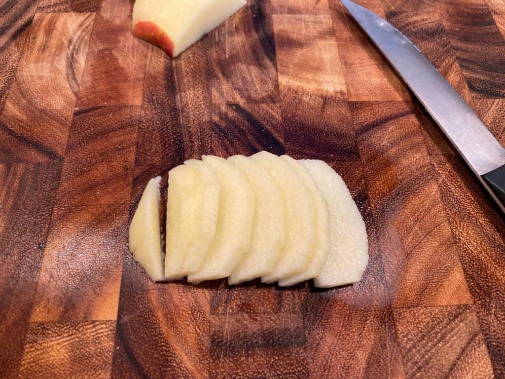 apple pie slices
