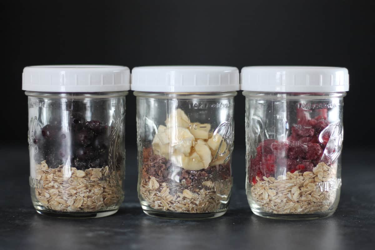 overnight oats in a jar for vegan meal prep