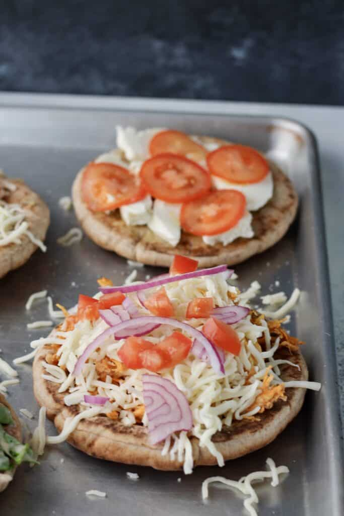 toppings to put on pita pizzas