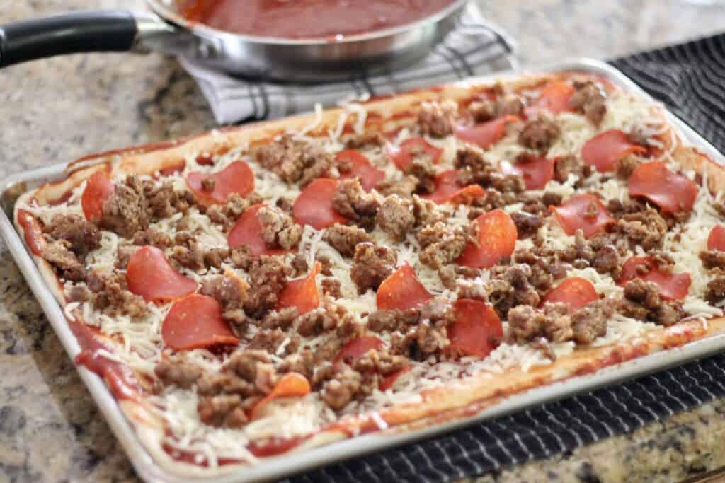 meat lovers sheet pan pizza