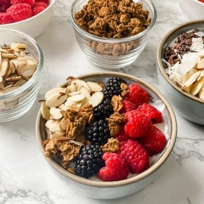 berry and granola yogurt bowls