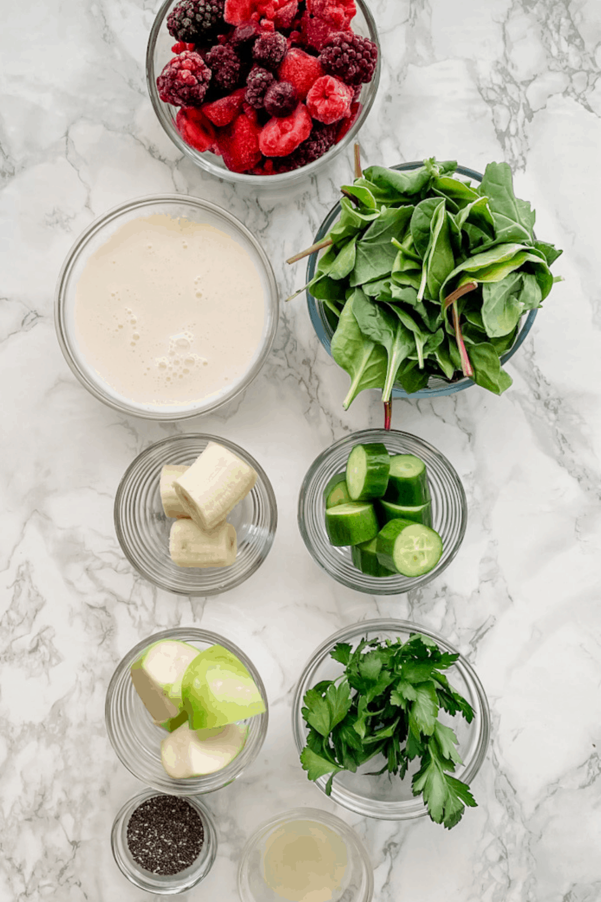 ingredients to make a detox smoothie