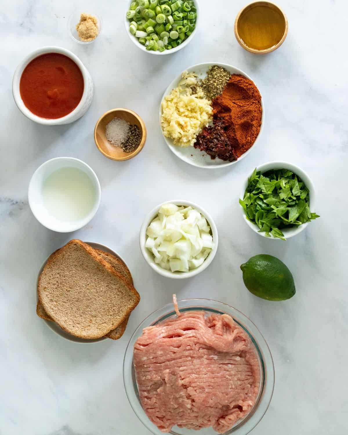 ingredient to make slow cooker turkey tacos with chipotle